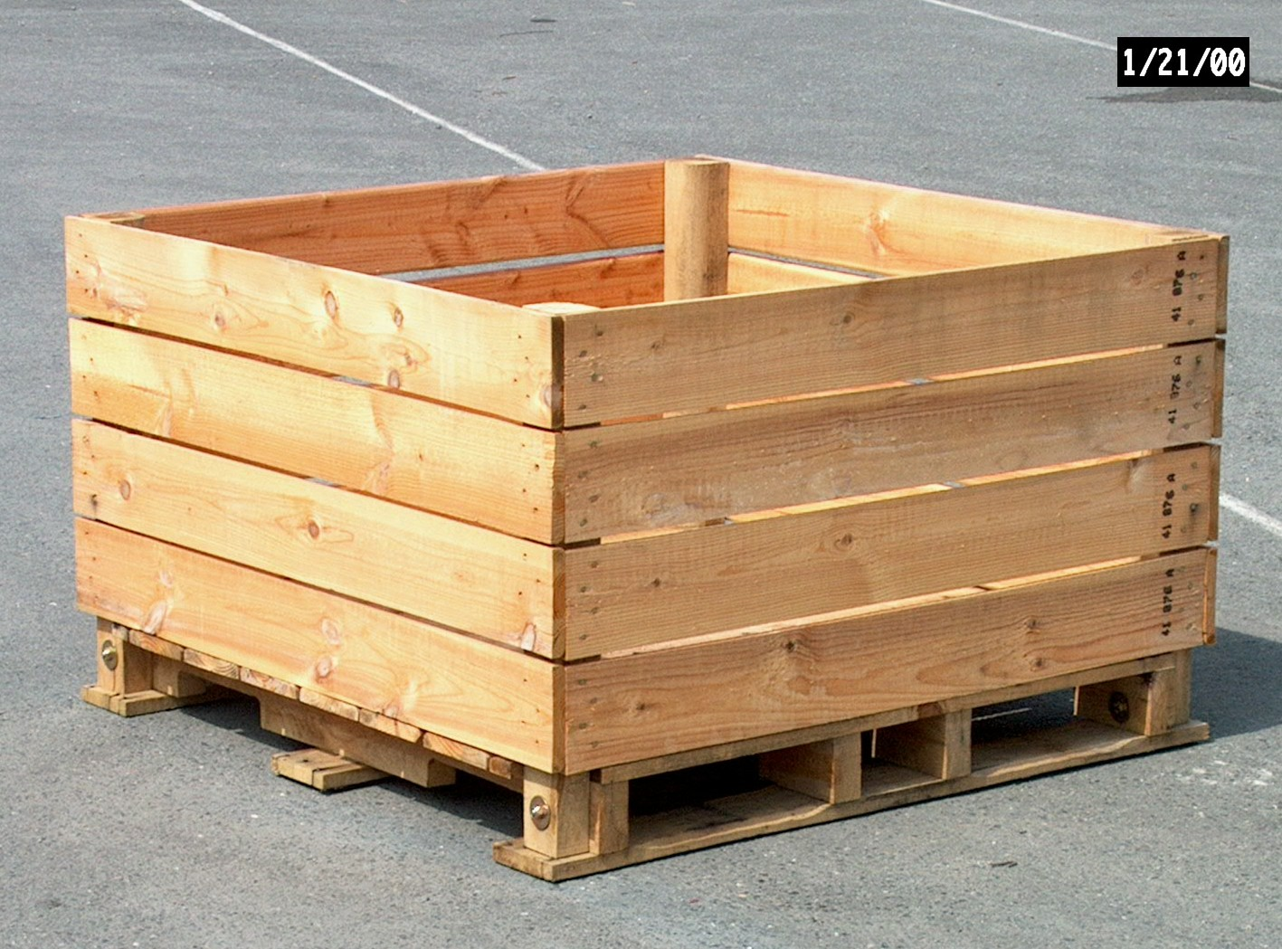 Barbarie apple storage box type-F 4-way entry pallet 100x120x74cm ...